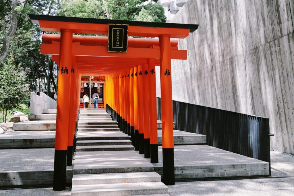 生田神社 IKUTA SHRINE 連なる鳥居