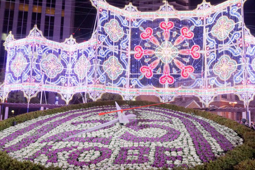 神戸の花時計とルミナリエ
