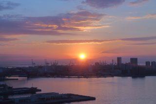 初日の出をポートタワーから見てきました