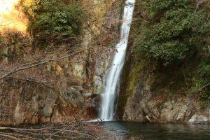 布引の滝をスローシャッターで撮影