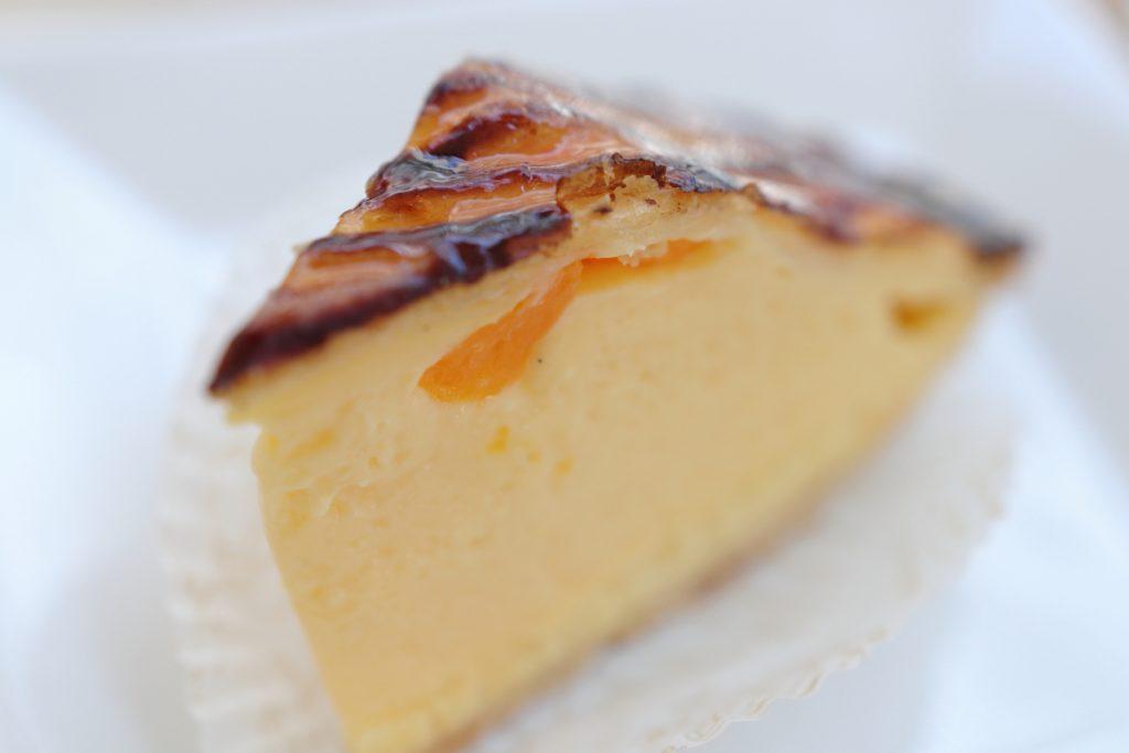 ママの選んだ元町ケーキ クリームパイ