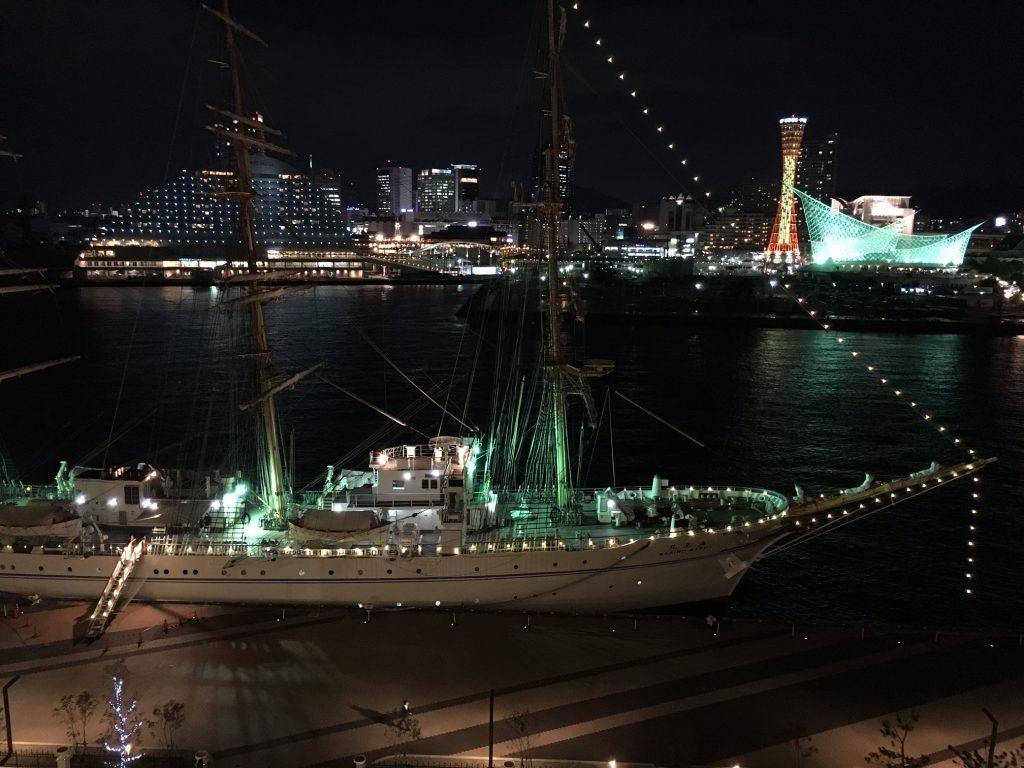 神戸みなと温泉から見た海王丸 夜景