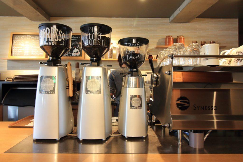 Neighborhood and Coffee 中山手通2丁目店 エスプレッソマシン