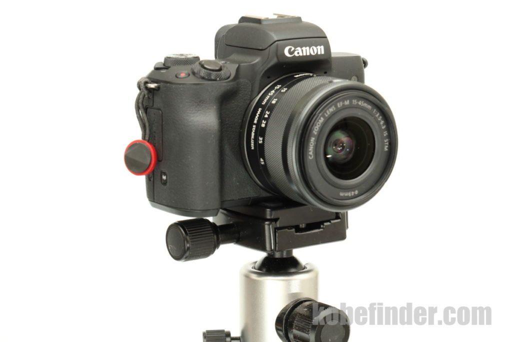 雲台にカメラを固定する