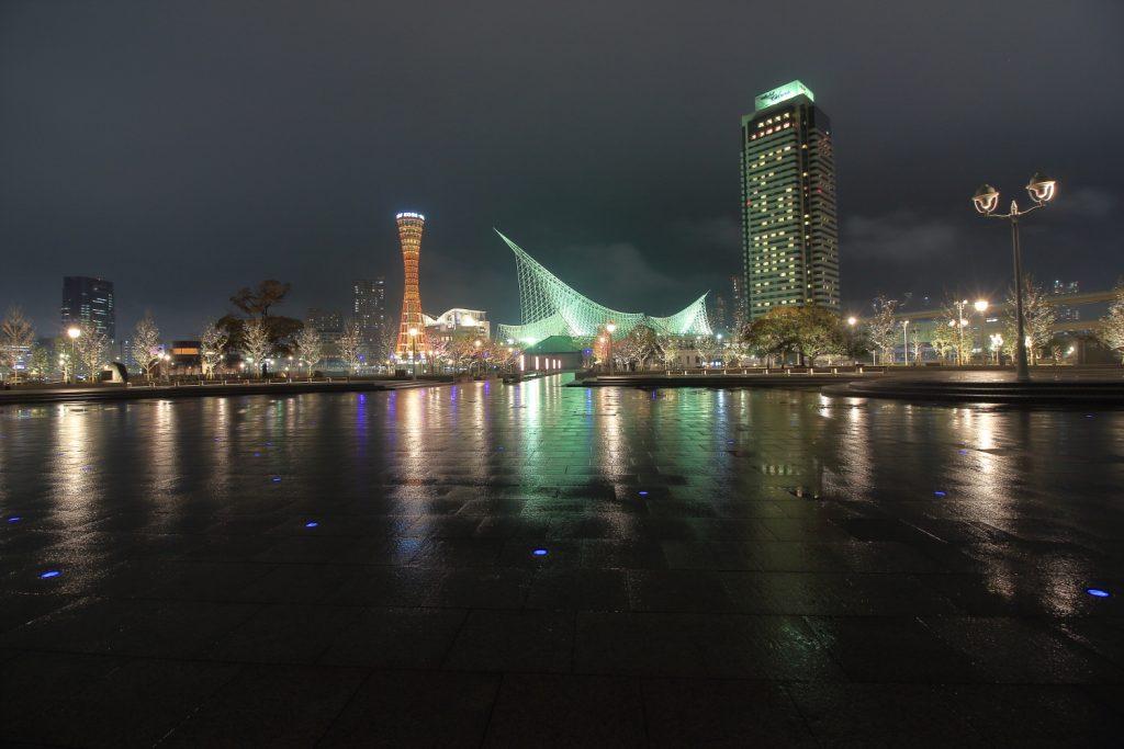 星をイメージした青色LED照明 神戸メリケンパーク
