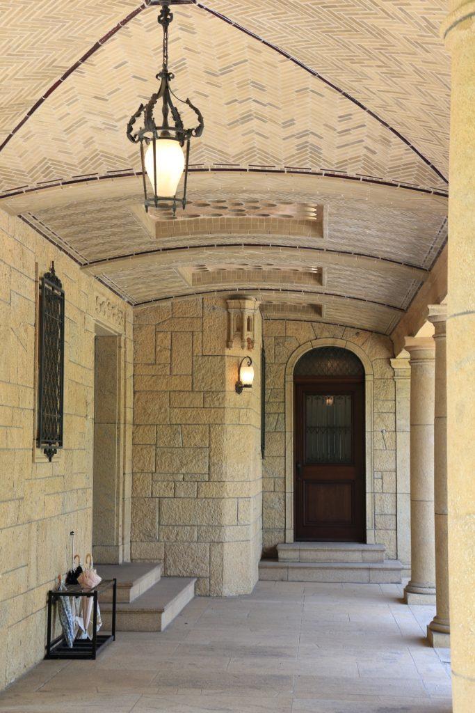 旧乾邸玄関