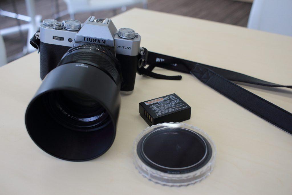 富士フイルム ミラーレスカメラXT20とXF56mmF1.2 R APD