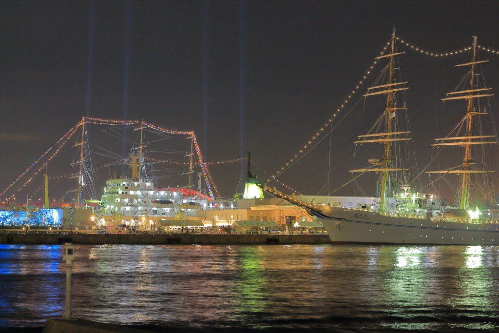 帆船フェスティバル 海王丸イルミネーションと神戸大橋イルミネーション
