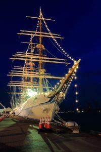 帆船フェスティバル 海王丸イルミネーション