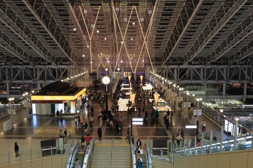 大阪駅 時の広場 雪だるま イルミネーション