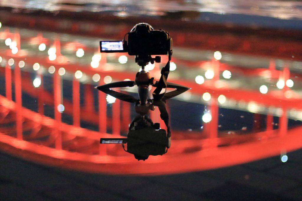ミニ三脚で夜景撮影