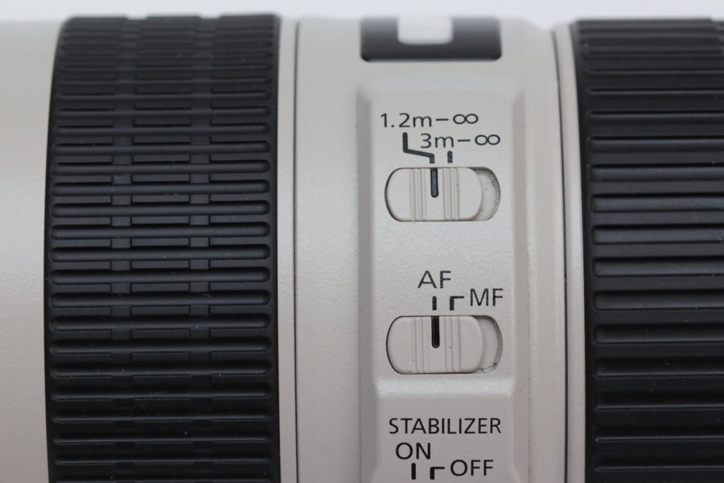 EF70-200 F4L IS USM スイッチ