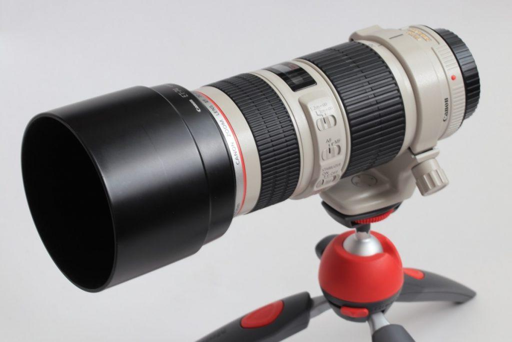 EF70-200 F4L IS USM レンズフードと三脚座付き