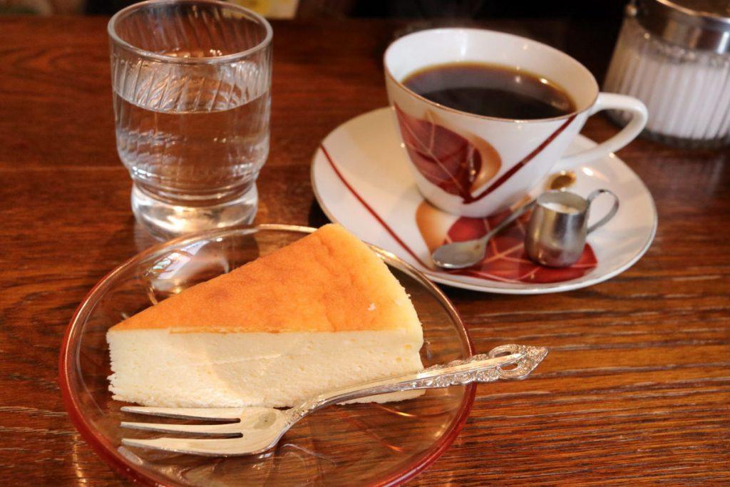 モトマチ喫茶のチーズケーキ