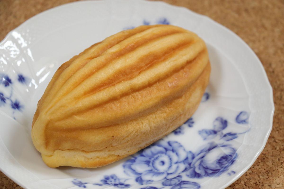 神戸ハイカラキャロットチーズメロンパン