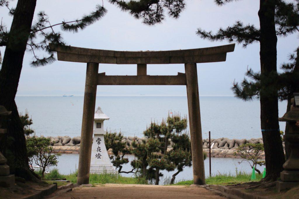 住吉神社 明石市 海のそばの鳥居