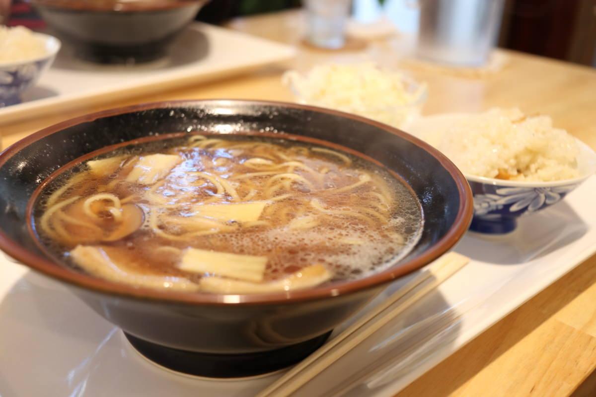 台湾家庭料理 王子屋 汁そば