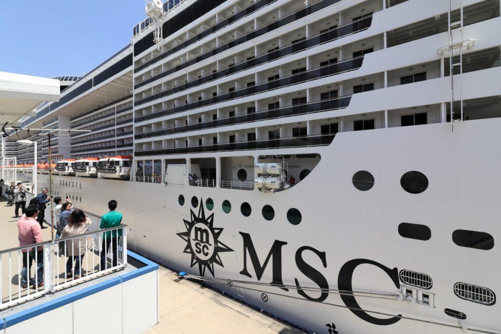 MSCスプレンディダ 神戸ポートターミナル