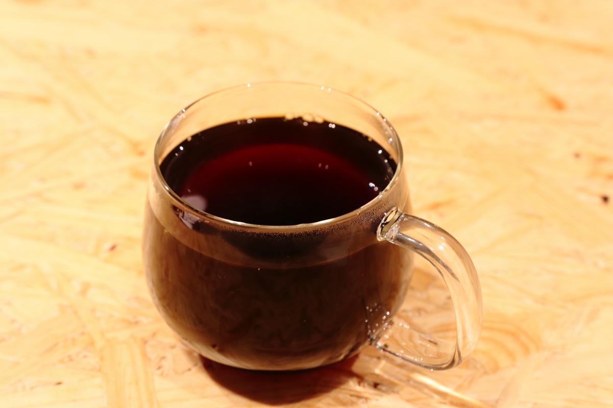 シングルオリジン 店内用のガラスマグカップ ブルーボトルコーヒー神戸にて