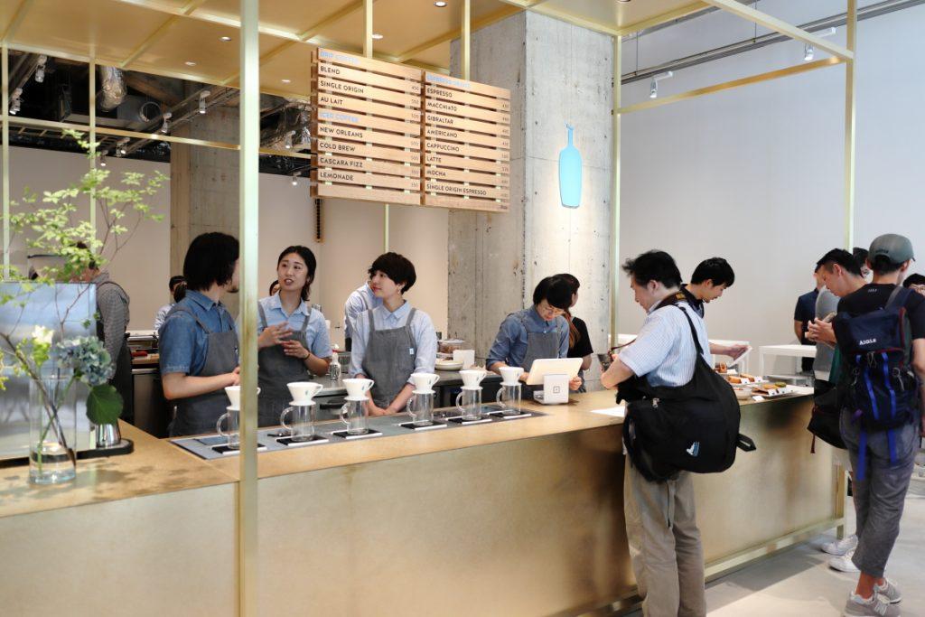 ブルーボトルコーヒー 神戸カフェ 内観