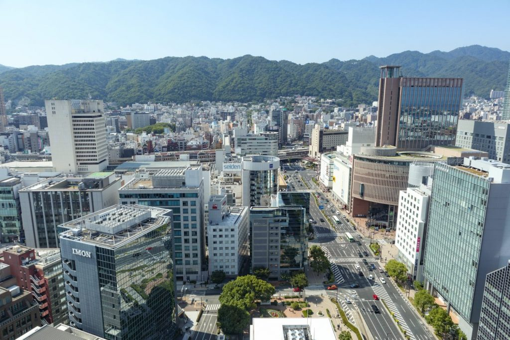 神戸市役所24階展望フロアからの眺め 山側
