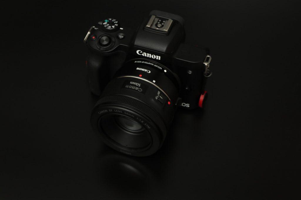 キヤノンEOS Kiss Mと単焦点レンズEF50mm F1.8 STMで撮る