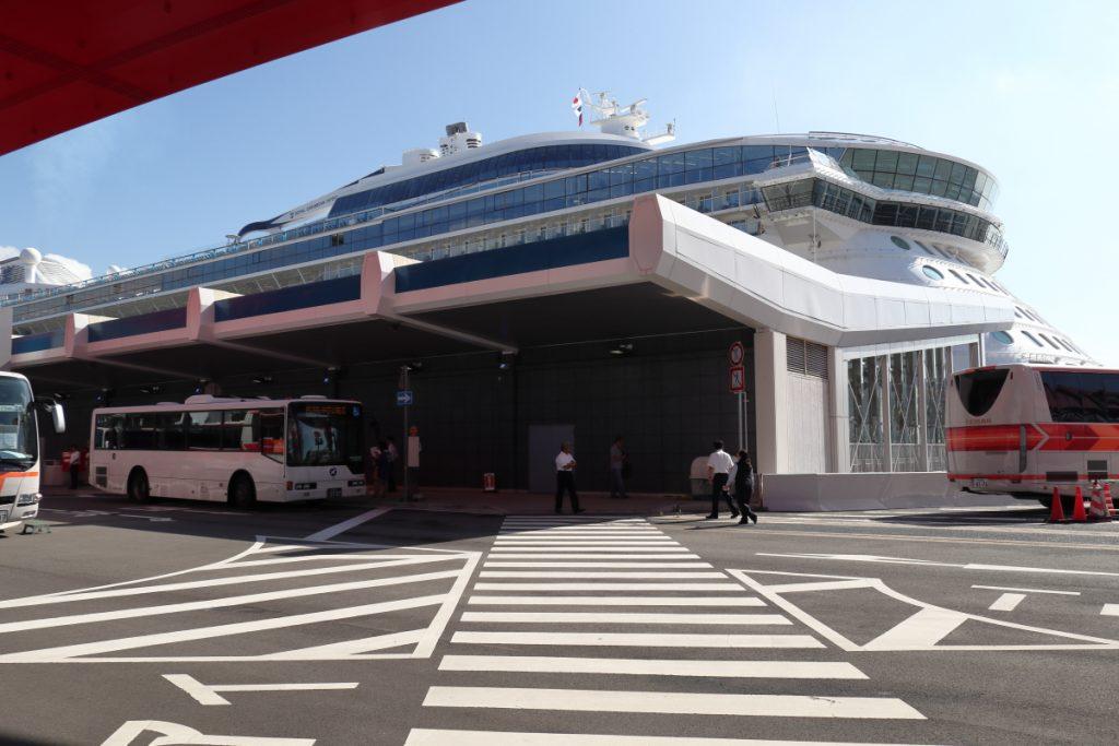 クァンタム・オブ・ザ・シーズ 2018年7月10日 神戸ポートターミナルにて