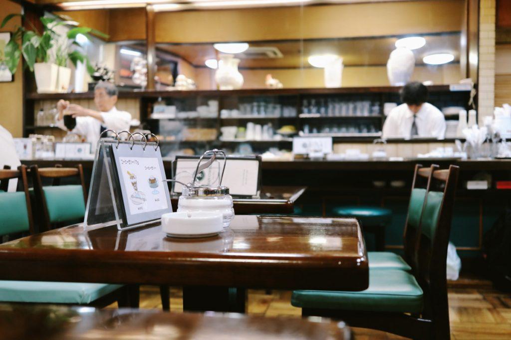 神戸エビアンコーヒー お店の内観 神戸・元町