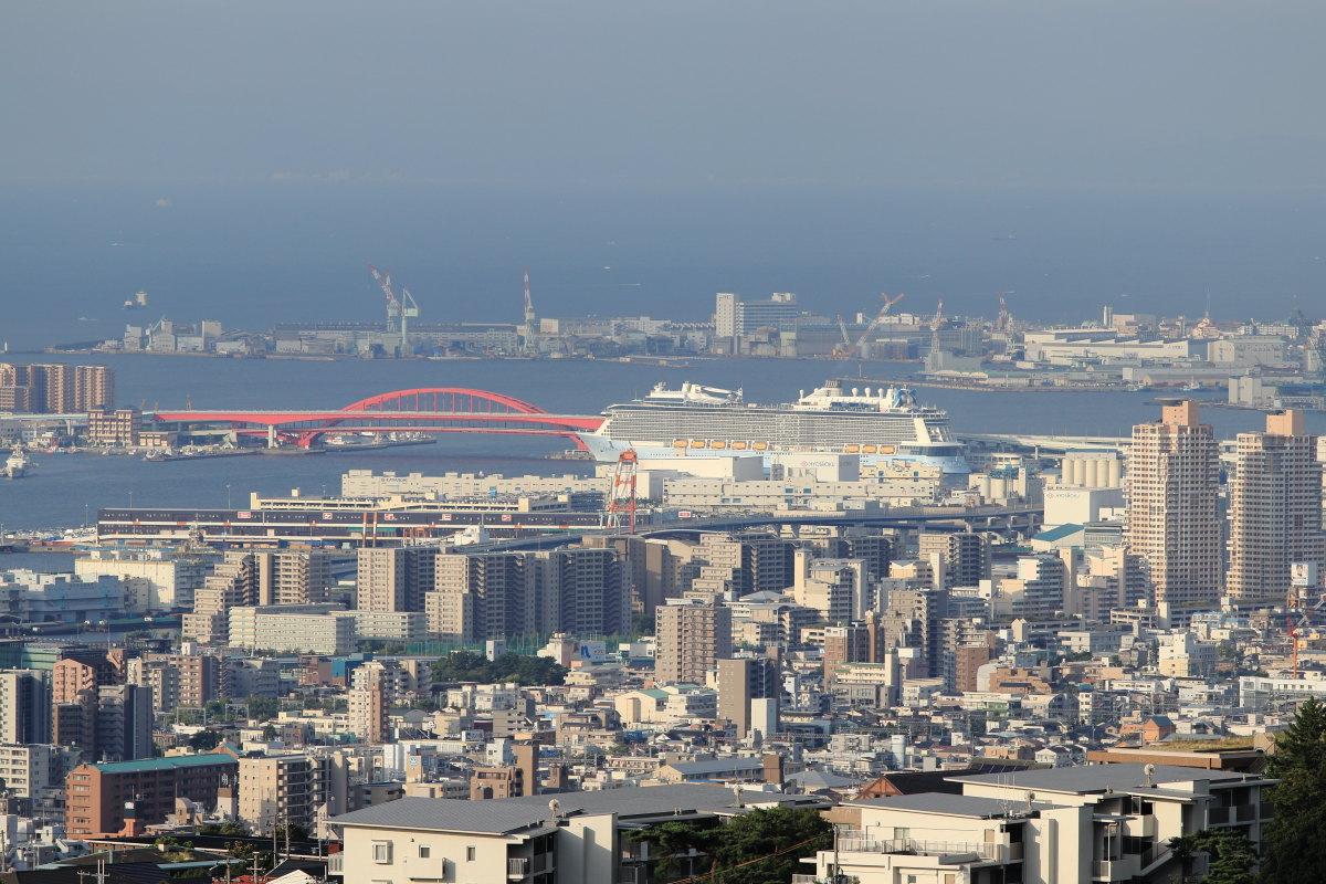 豪華客船 クァンタムオブザシーズ Quantum of the Seas 神戸ポートターミナル