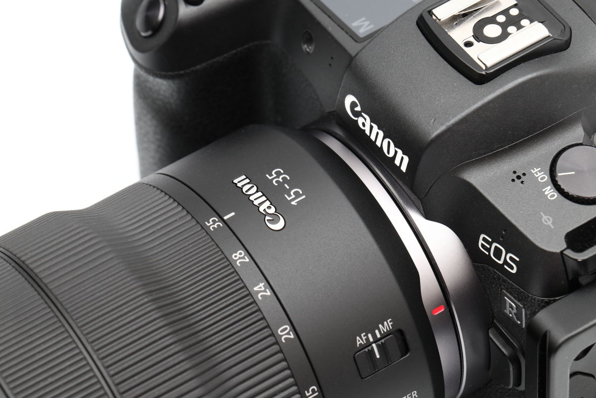 キヤノン 広角レンズ RF15-35mm F2.8 L IS USMとEOS R