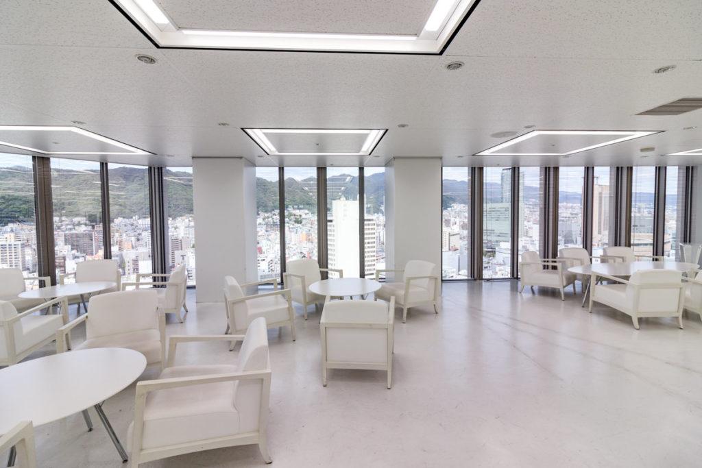 朝日ビル21階のフェリシモオフィス