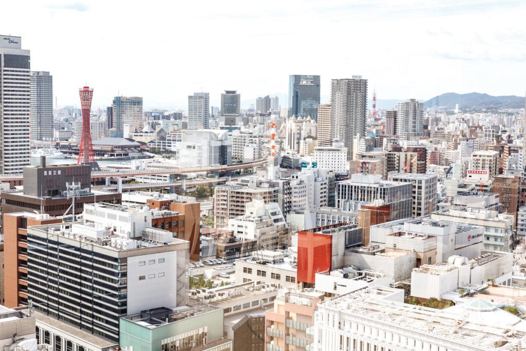 朝日ビル21階のフェリシモオフィスからの神戸の街並みの景色