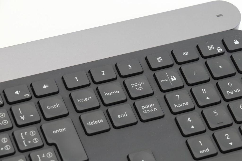 Logicool キーボード CRAFT Easy-Switchボタン