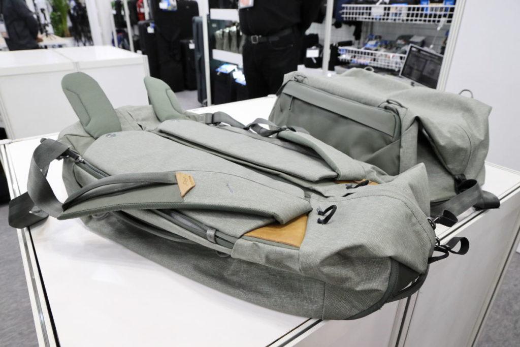ピークデザインのダッフルバッグ 開発中製品