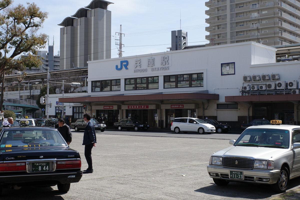 リコーGR3作例写真 兵庫駅