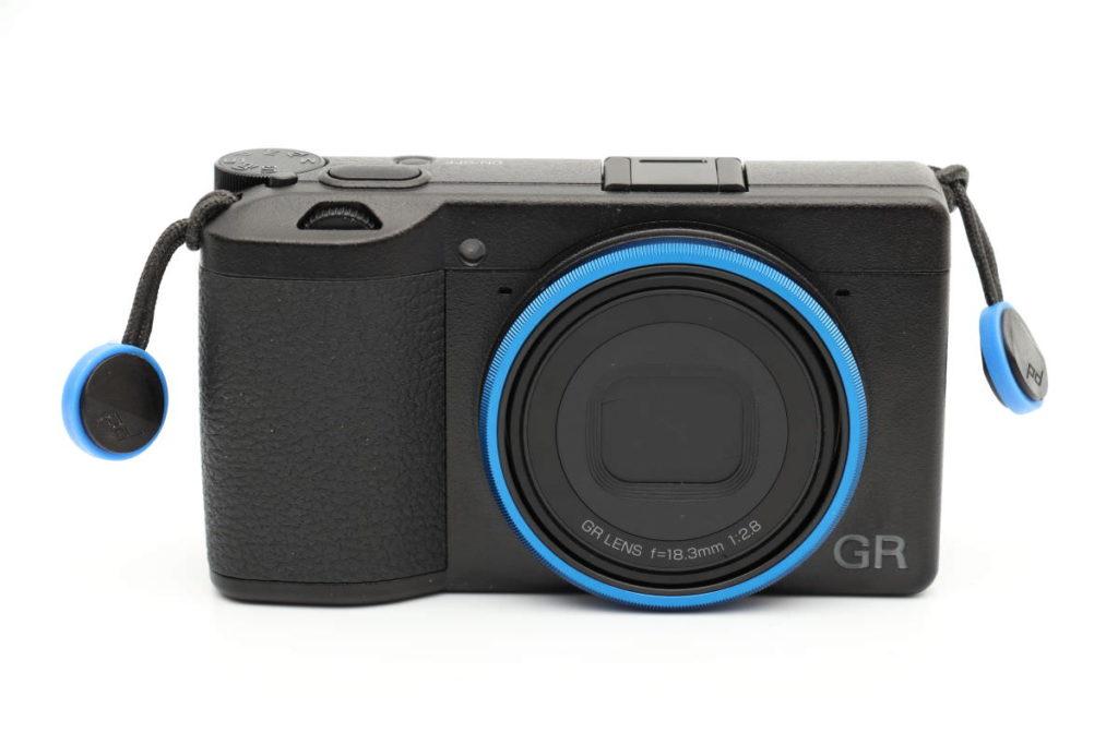 GR3 ブルーリングとピークデザインの青色アンカー