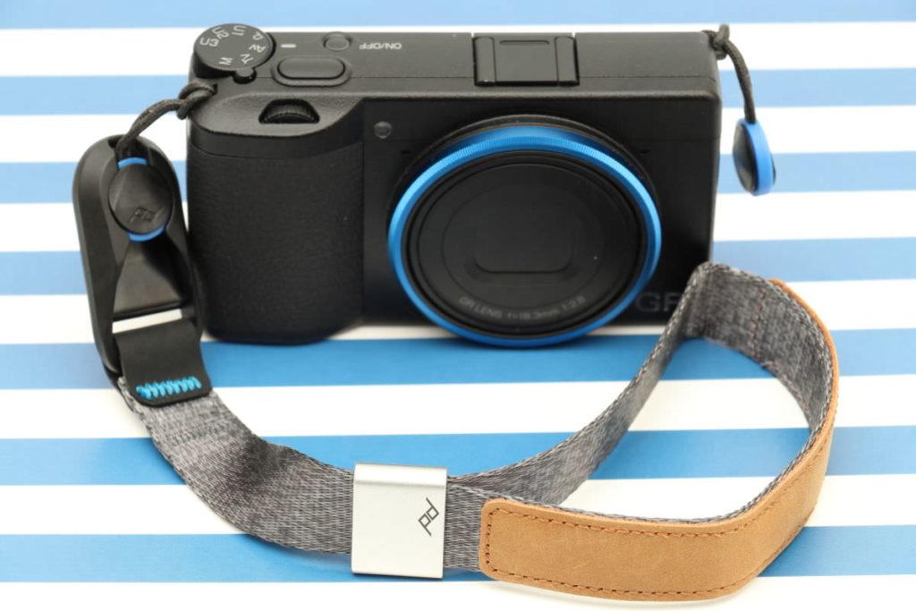 GR3とピークデザインのカメラストラップ カフ