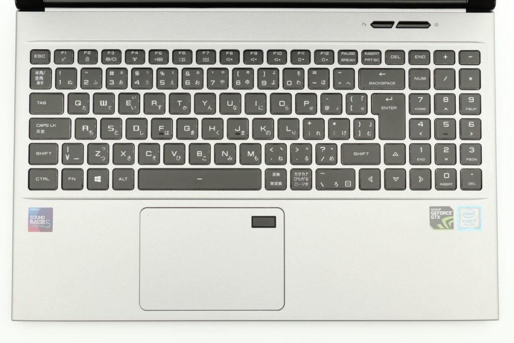 マウスコンピューター DAIV-NG5510のキーボードとトラックパッド