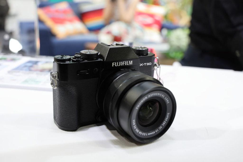 Fujifilm X-T30 ブラック 外観