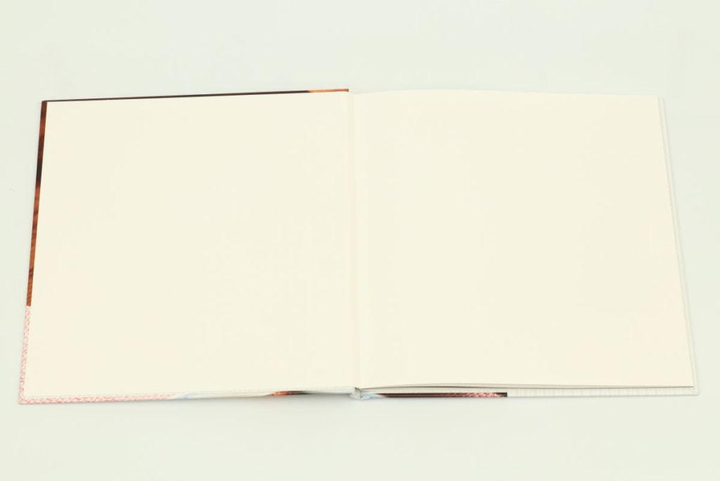 ART-HC ハードカバータイプ 1ページ目