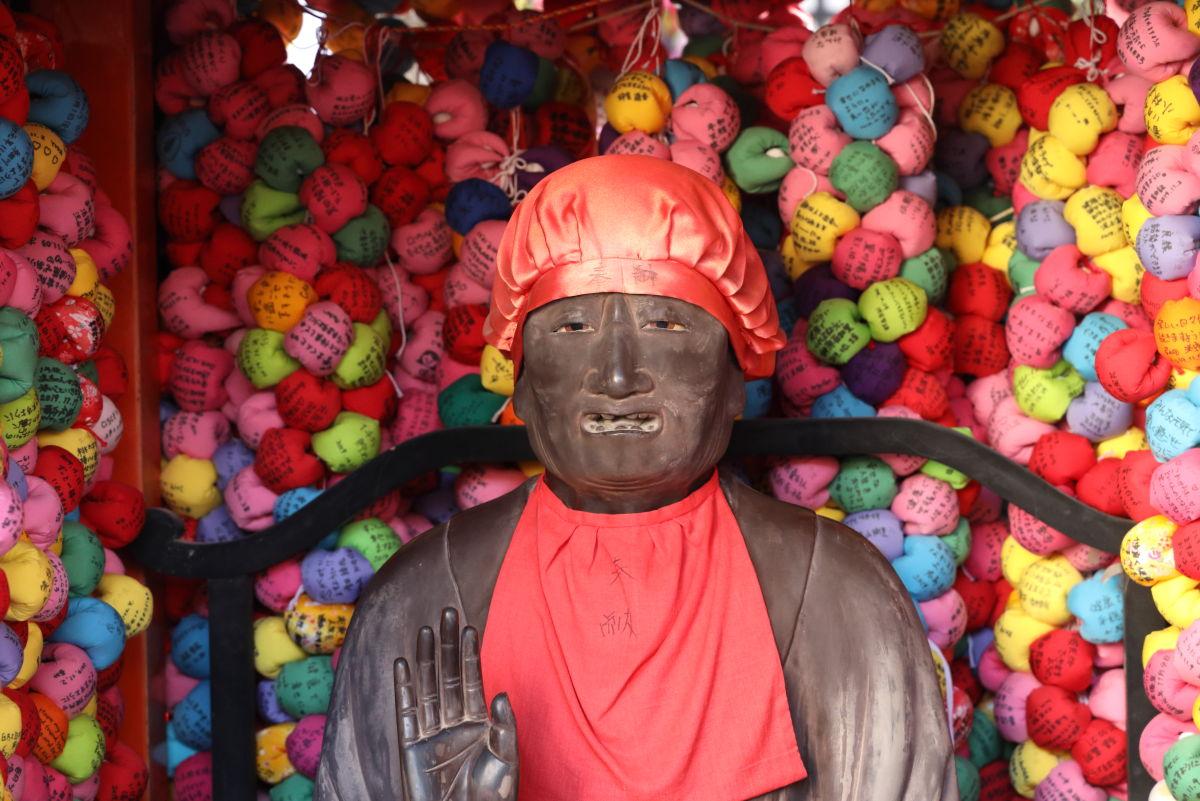 インスタスポットとして人気の「八坂庚申堂」(やさかこうしんどう)京都 金剛寺