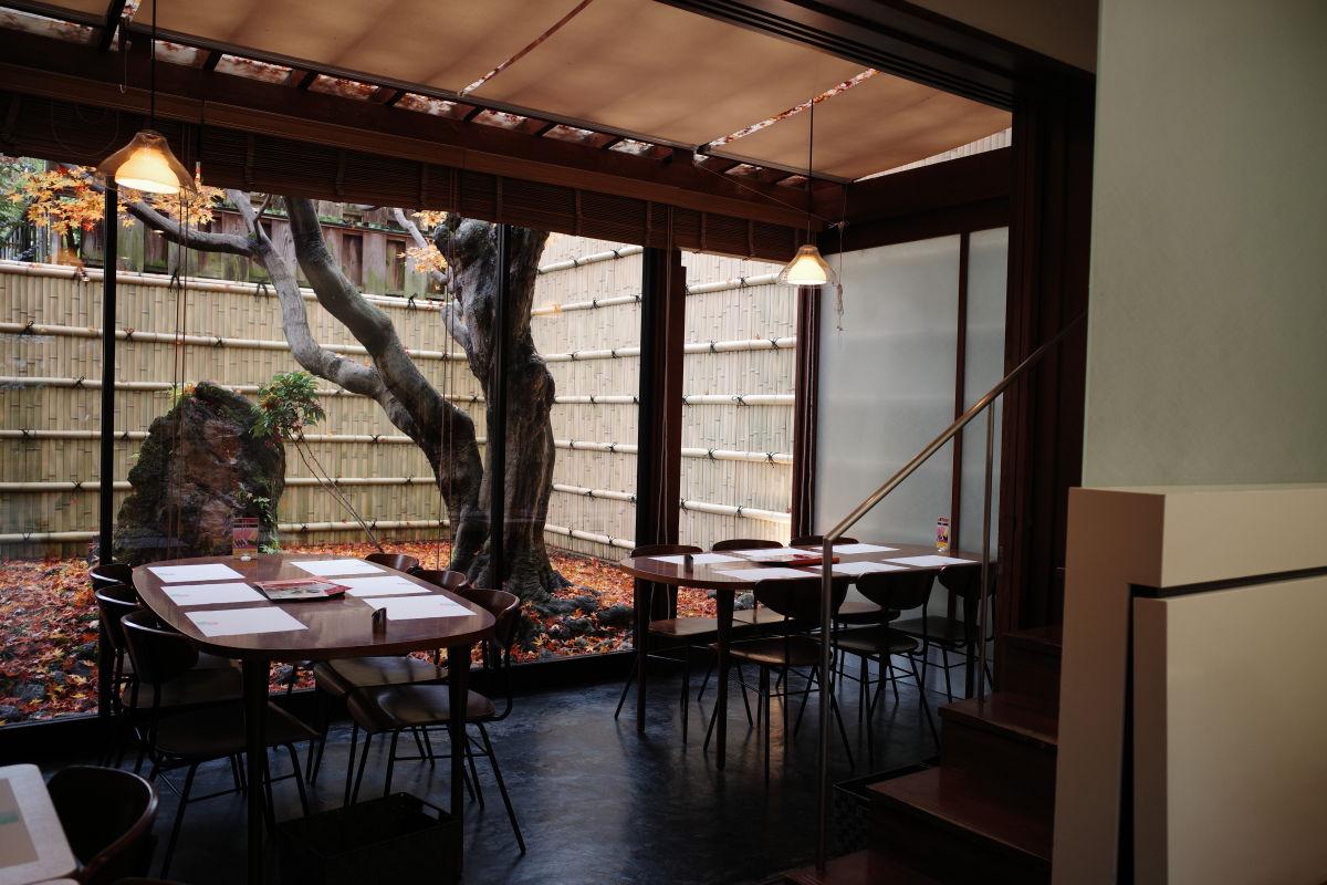 京都嵐山 ヨージヤカフェ 店内