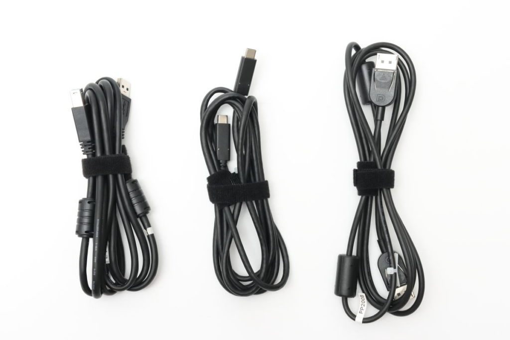 付属ケーブル EIZO 27型4K カラーマネージメント液晶モニター ColorEdge CS2740