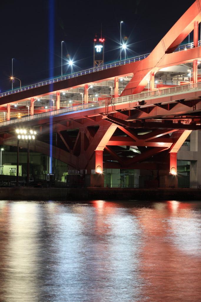 トラベル三脚で撮影した神戸大橋の夜景