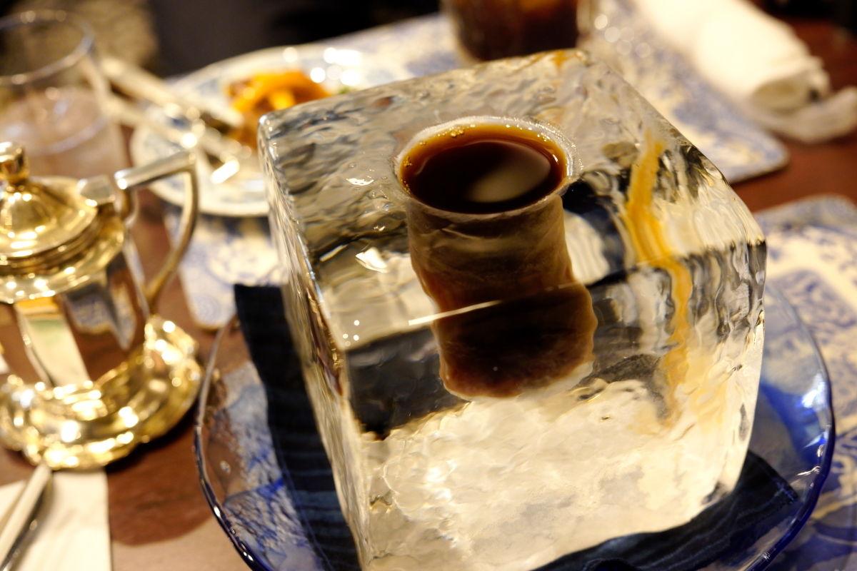 氷の器のアイスコーヒー(7月・8月限定) にしむら珈琲 北野坂店限定メニュー
