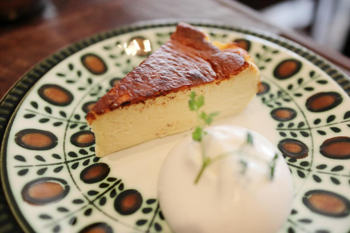 マヒシャのバスクチーズケーキ