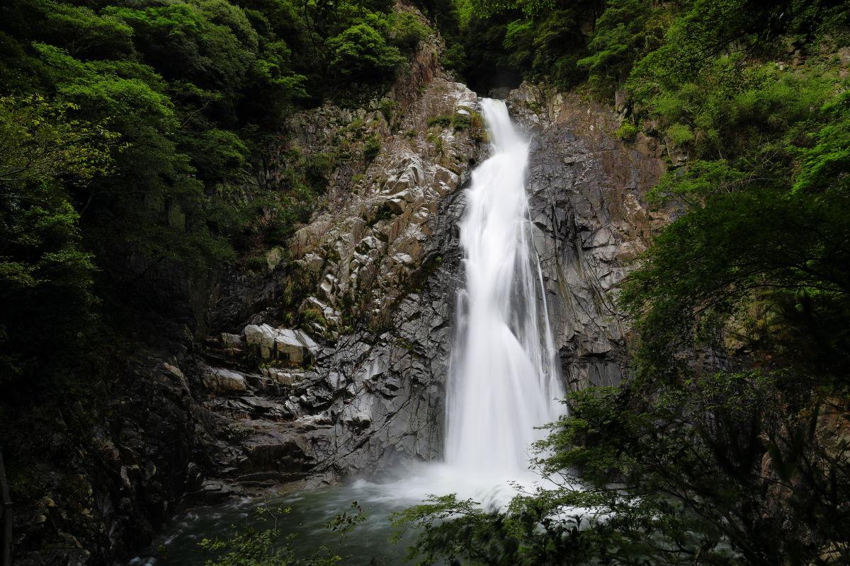 布引の滝 雄滝