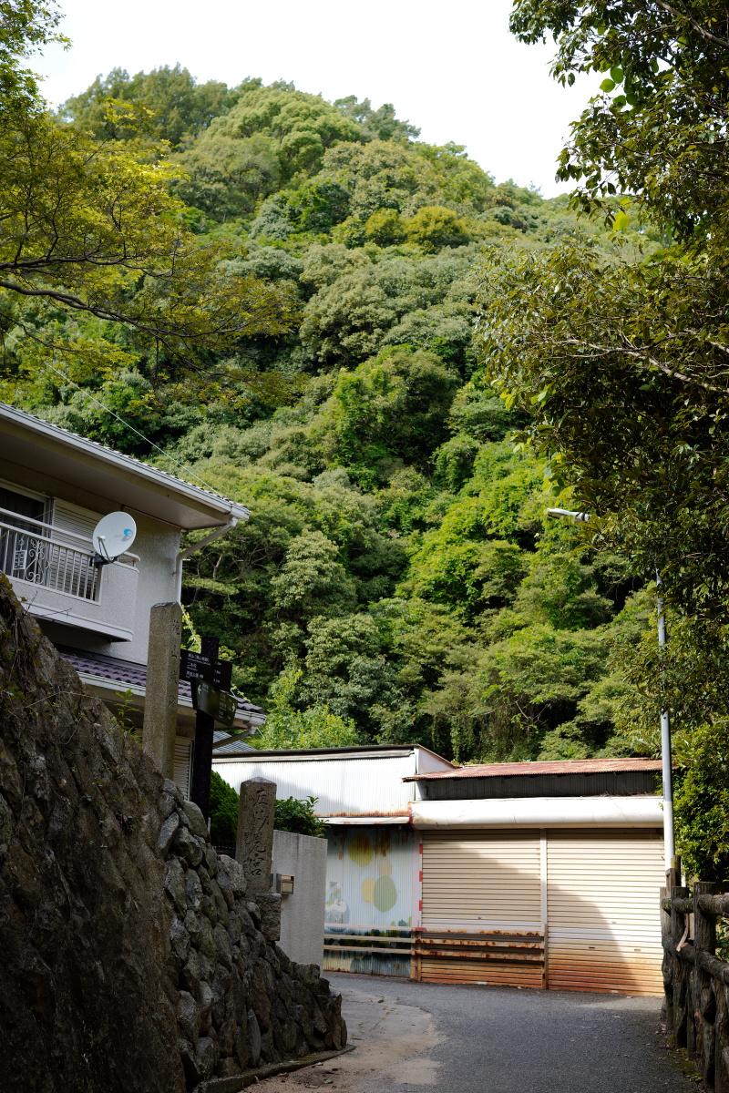 新神戸駅裏 布引の滝近く