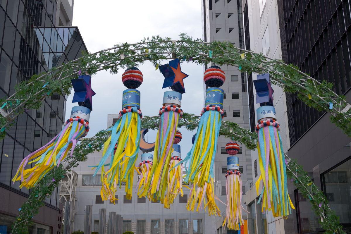 梅田スカイビル 七夕の飾り