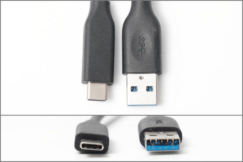 USB Type Cと(左)USB Type-A(右)